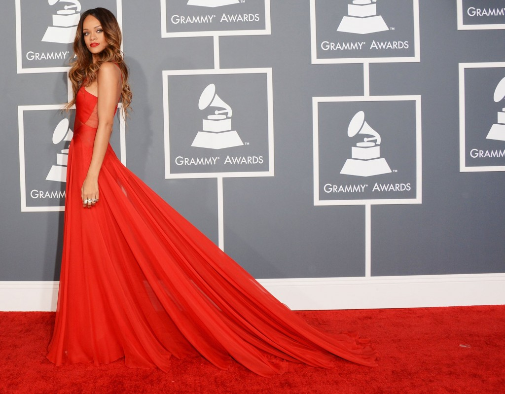 10 Rihanna's Most Iconic Red Carpet Dresses red dress