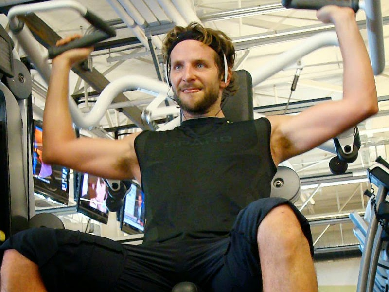 Bradley Cooper S 8000 Calories A Day Healthy Diet Her Beauty