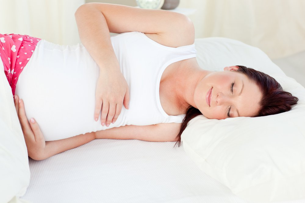Sleeping with a Baby Bump Best Positions While Pregnancy 2