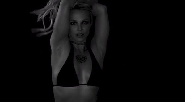 Britney-Spears-Instagram-Sultry-Black-and-White_Videos