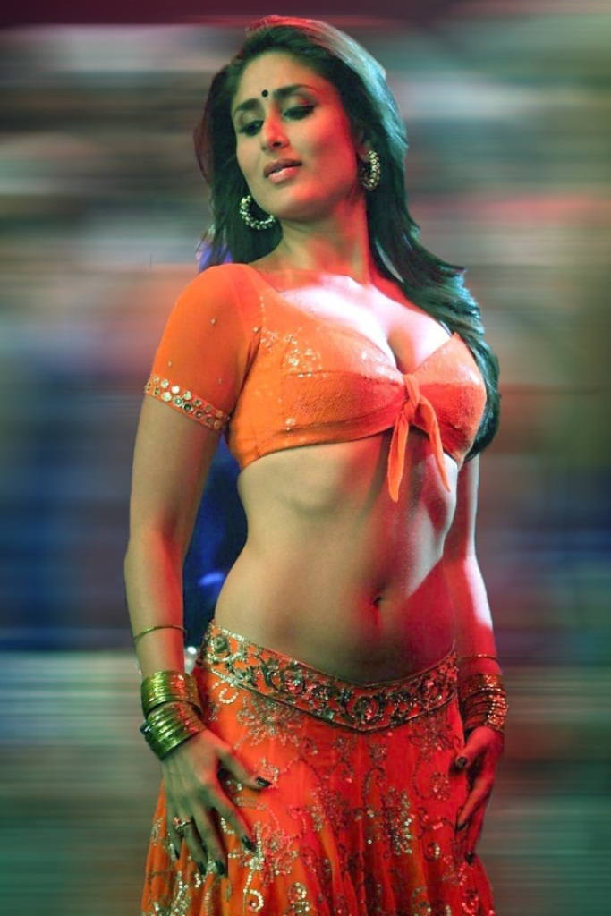 bollywood_divas_with_the_most_beautiful_curves_10