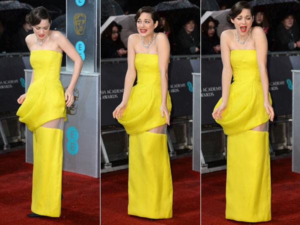 most-memorable-celebrity-wardrobe-malfunctions-02