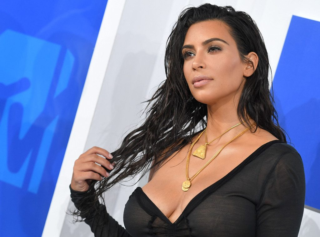the-internet-needs-to-stop-victim-blaming-kim-kardashian-and-here-is-why-002