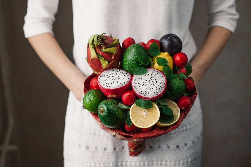 One-Of-A-Kind Bouquets That You Can Eat 02