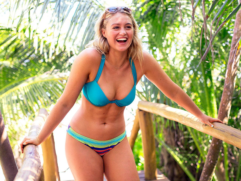 -10 Hottest Things You Should Know about  Iskra Lawrence  3