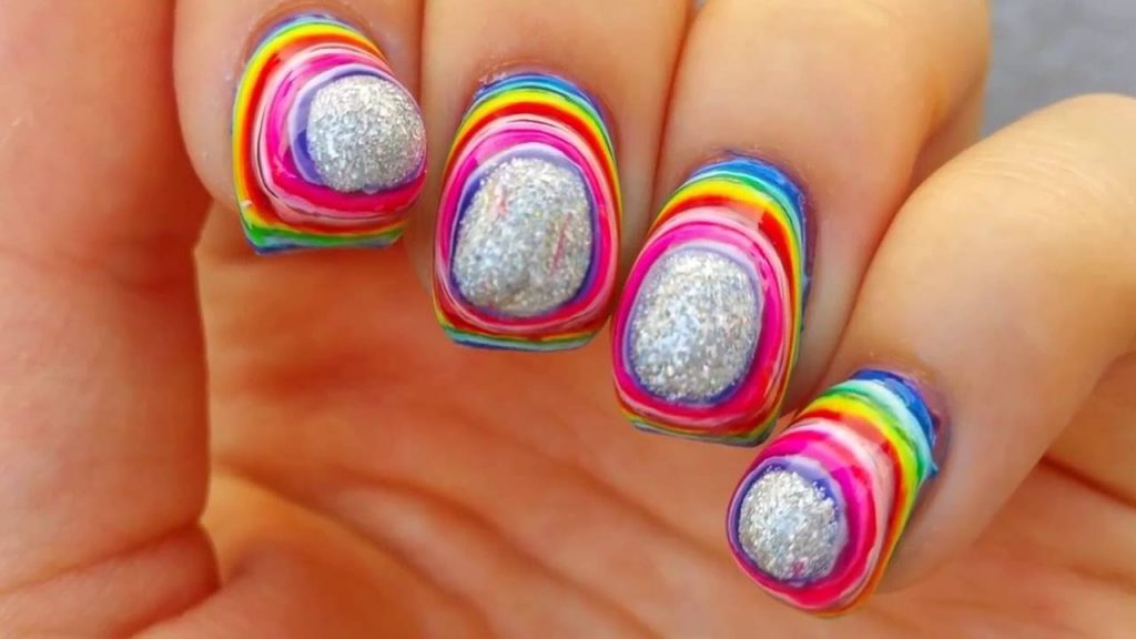 7_Craziest_Nail_Trends_We've_Seen_This_Year_01