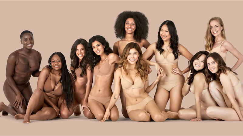 These_5_Companies_Prove_That_ANY_Woman_Can_Be_a_Perfect_Lingerie_Model_12