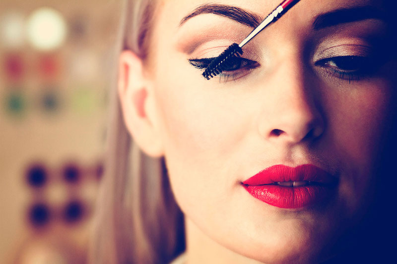 10_Tricks_That_Will_Make_Your_Makeup_Application_Easy_And_Flawless_3