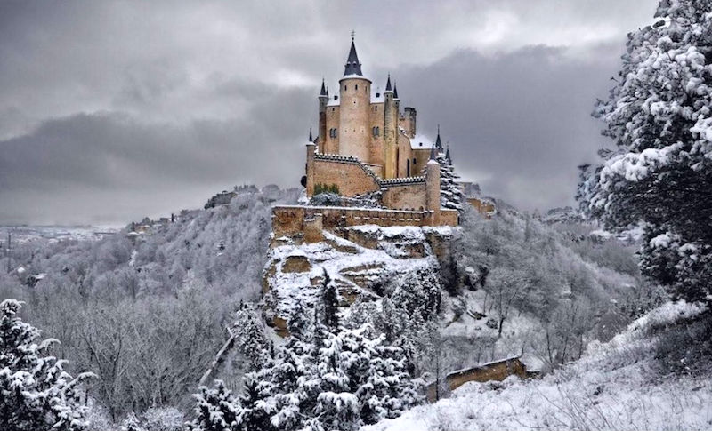13_Perfect_Winter_Wonderlands_From_Around_The_World_0