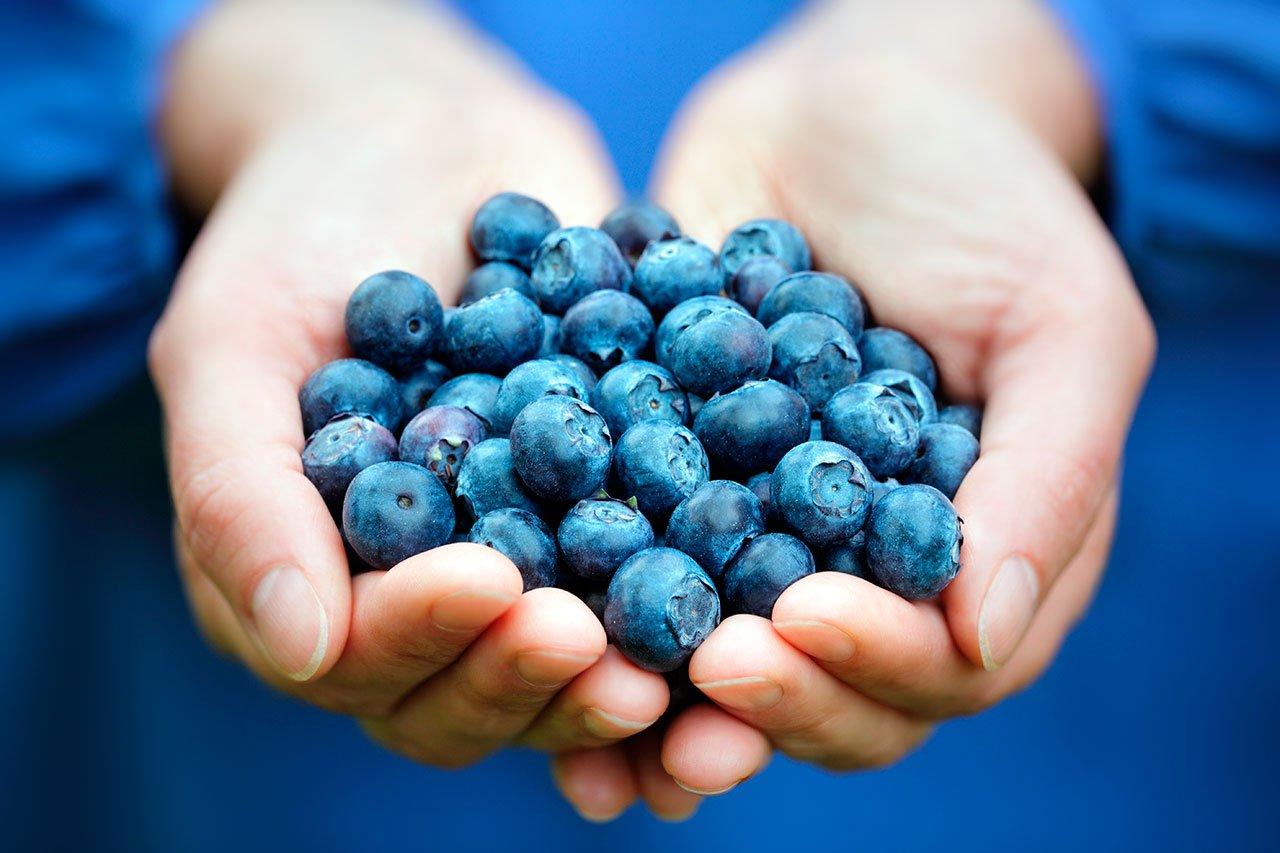 03-frutas-que-te-ayudarán-a-adelgazar-arandanos