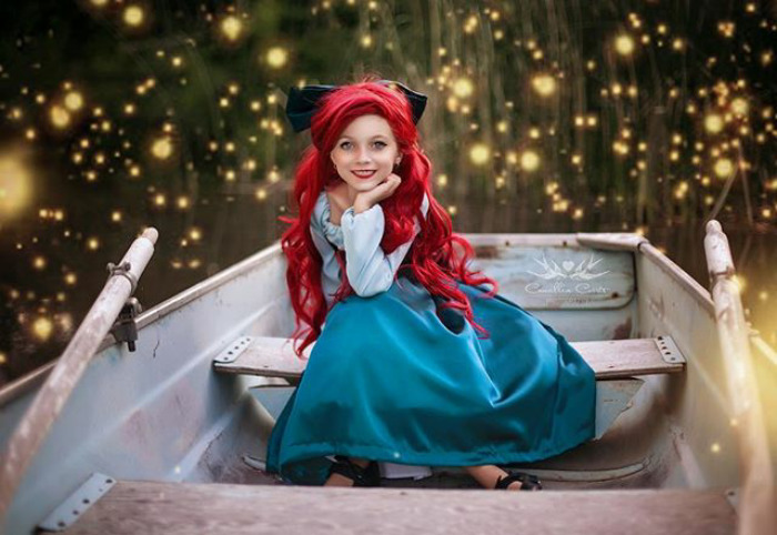 Adorable_Cosplay_Duo_7-Year-Old_Daughter_And_Mom_Dress_Up_As_Disney_Characters_3