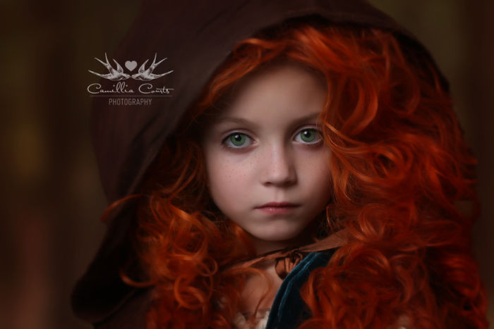 Adorable_Cosplay_Duo_7-Year-Old_Daughter_And_Mom_Dress_Up_As_Disney_Characters_5