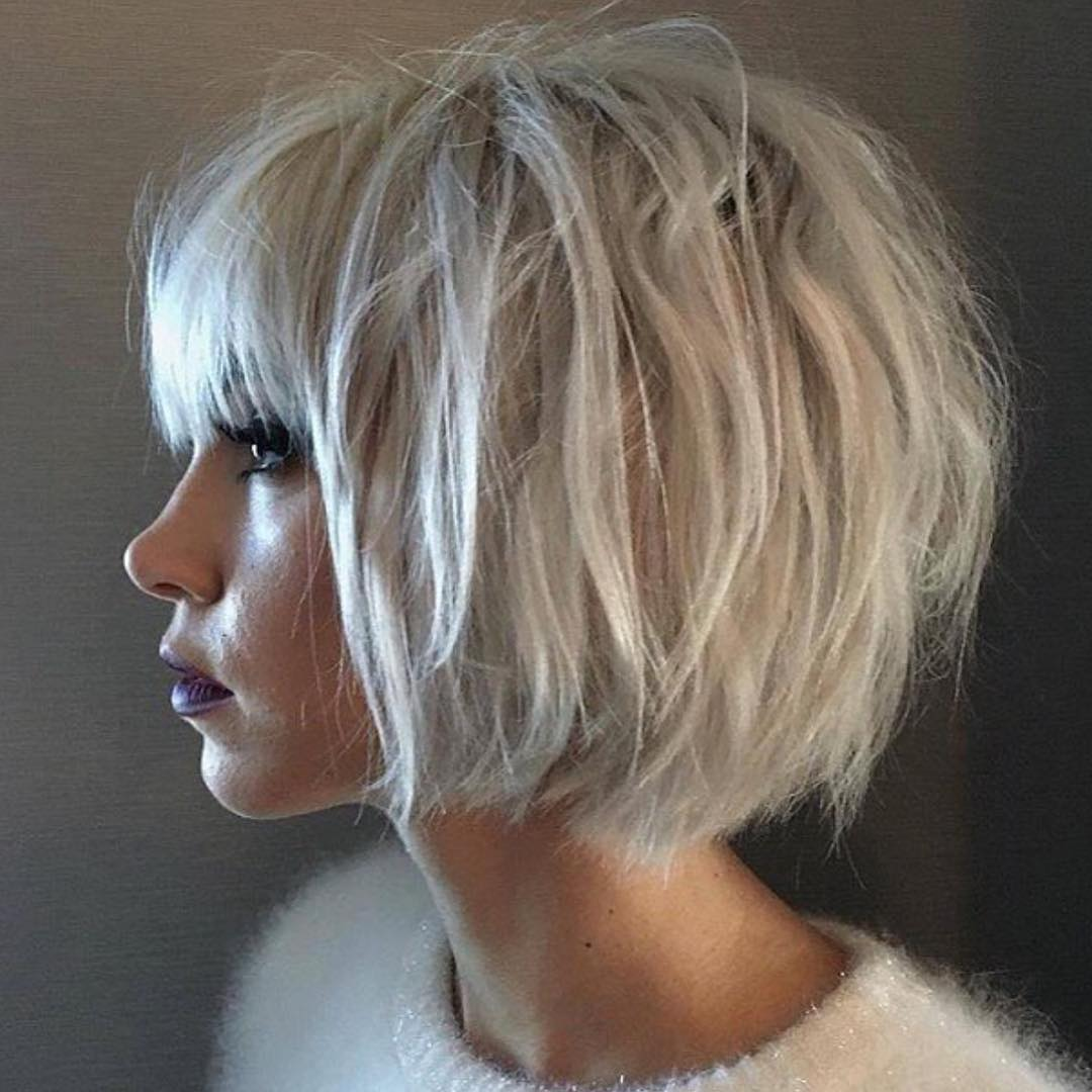 Th-Most-Flattering-Haircuts-For-Women-Of-All-Ages-03