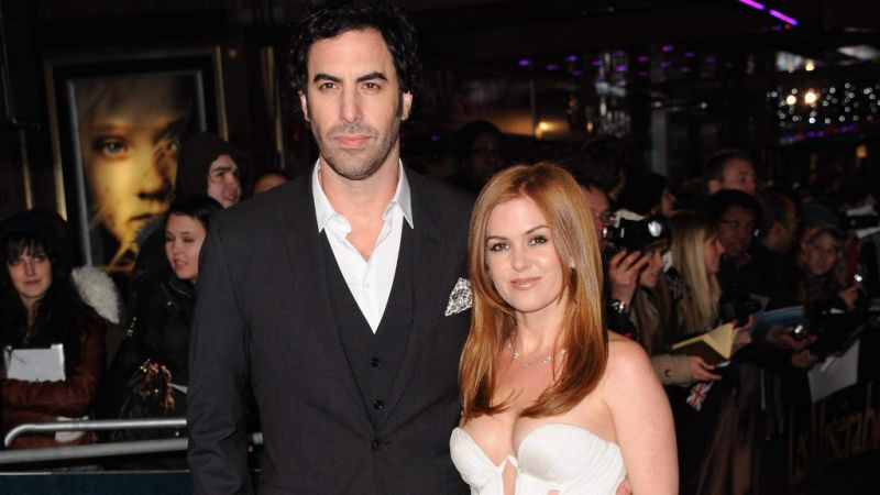 12-celebrity-couples-that-we-never-saw-coming-isla-fisher-sacha-baron-cohen