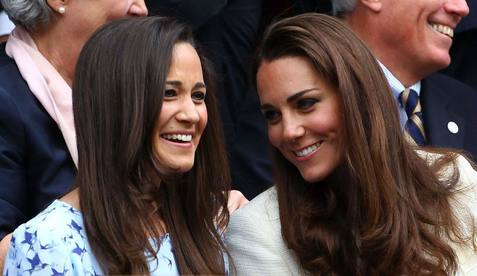 10 Celebrity Siblings Who Are Not Twins! (but look very ...