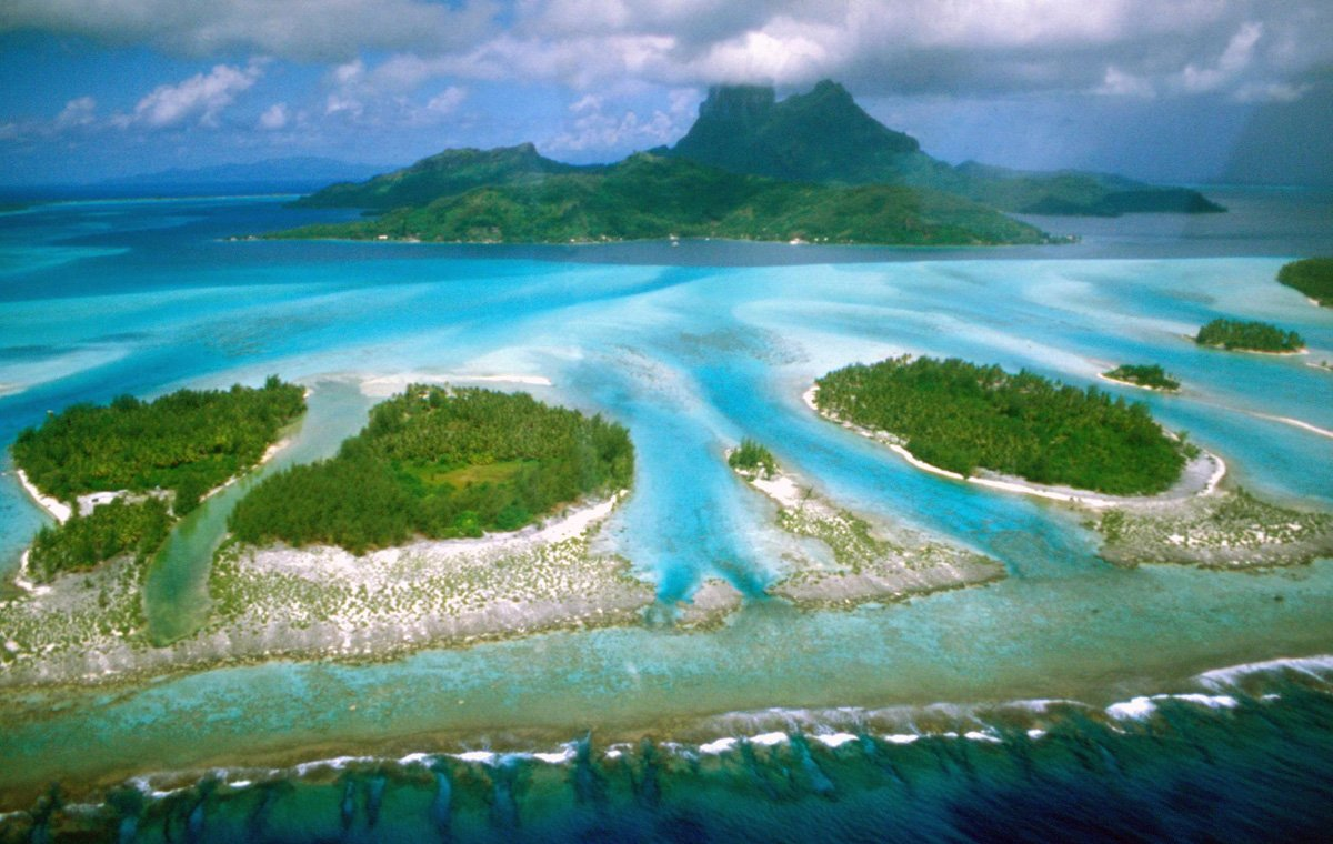Matira Beach, Bora Bora, Tahiti - Top 10 Most Breathtaking Beaches In The World