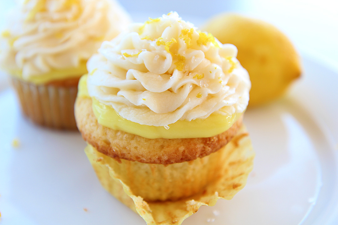 What Cupcake Are You According to Your Horoscope - Lemon cupcake