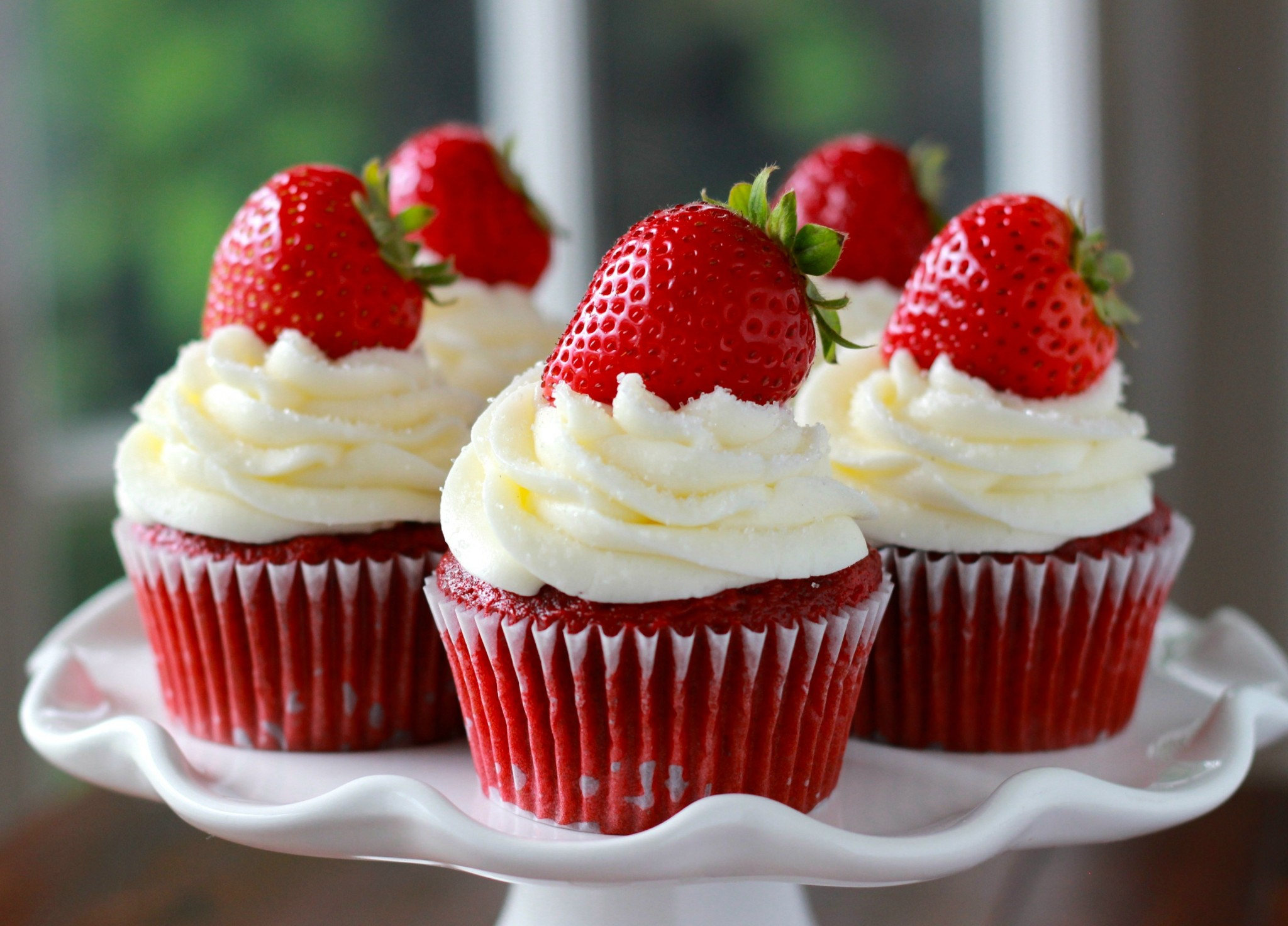 What Cupcake Are You According to Your Horoscope - Red velvet-Strawberry cupcake