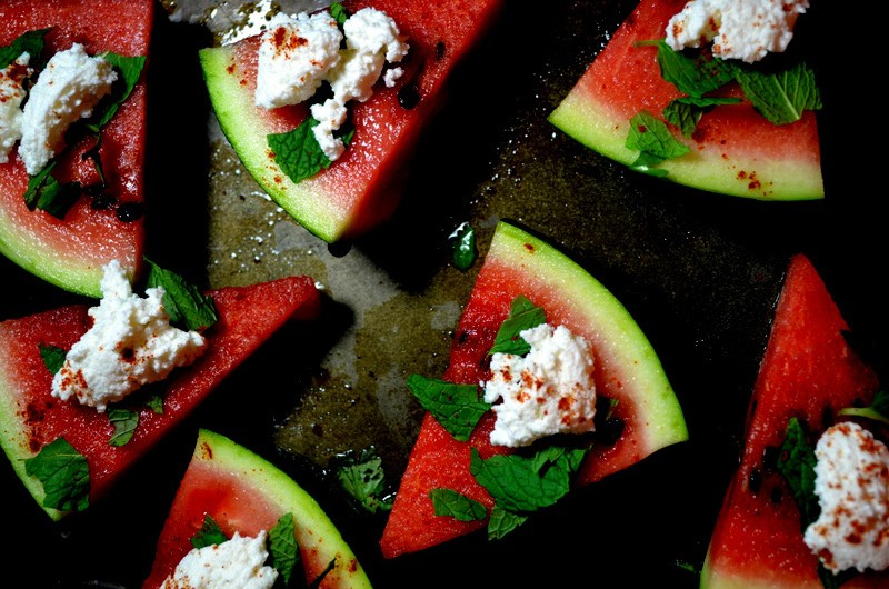 Spicy watermelon slices baked with feta - 10 Healthy but Delicious Desserts You Should Try