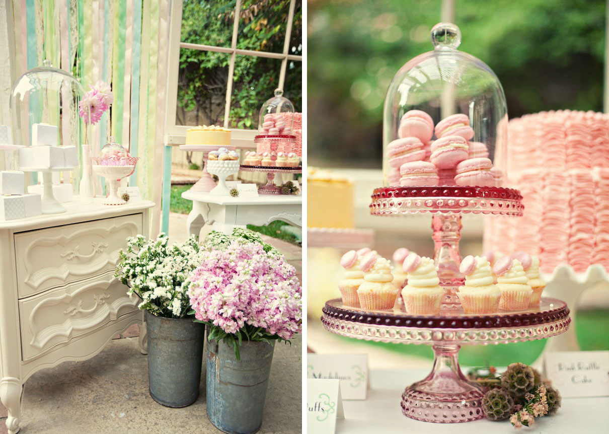 cupcakes or macaroons - Summer Wedding Ideas