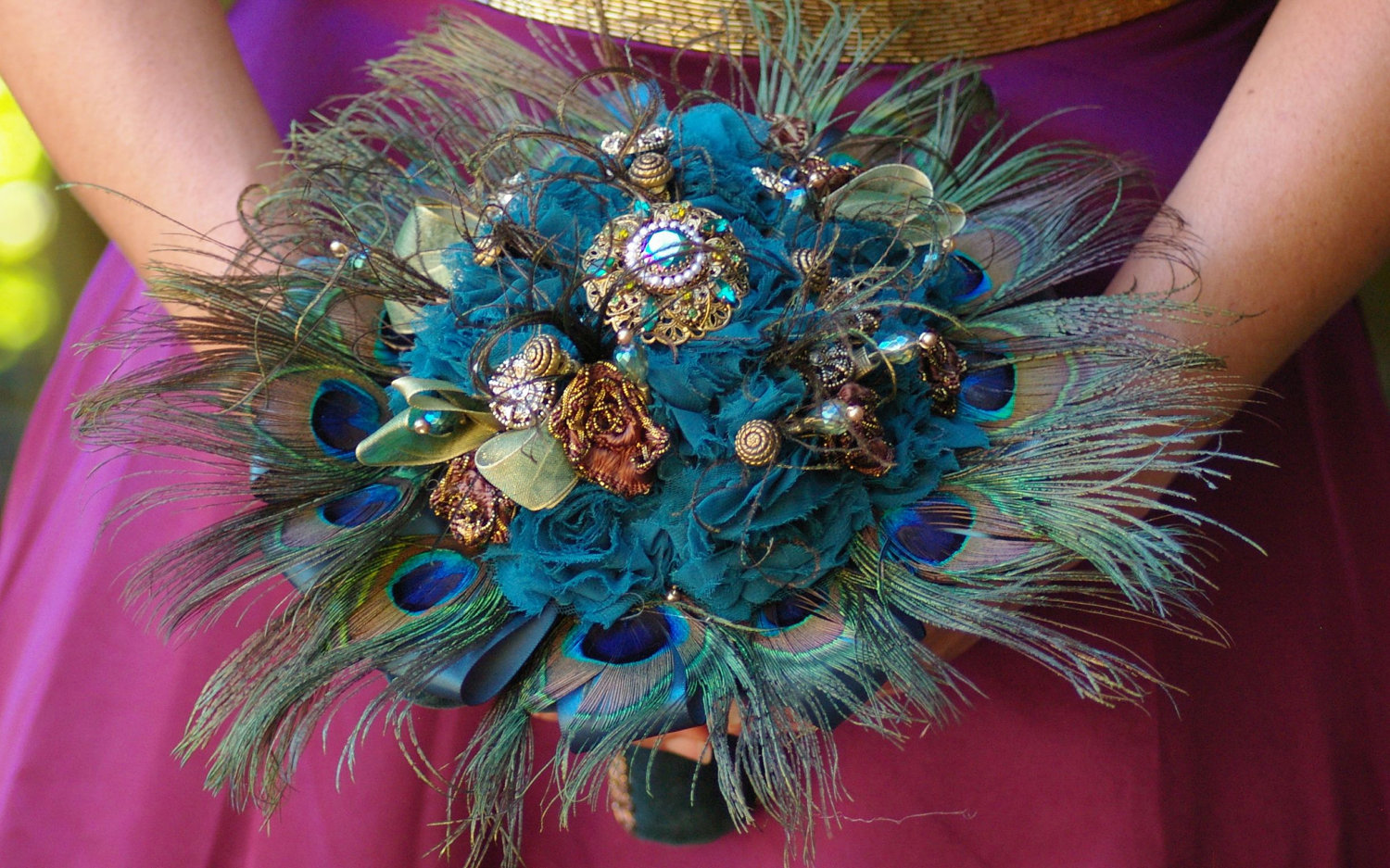 peacock feather bouquet - Summer Wedding Ideas