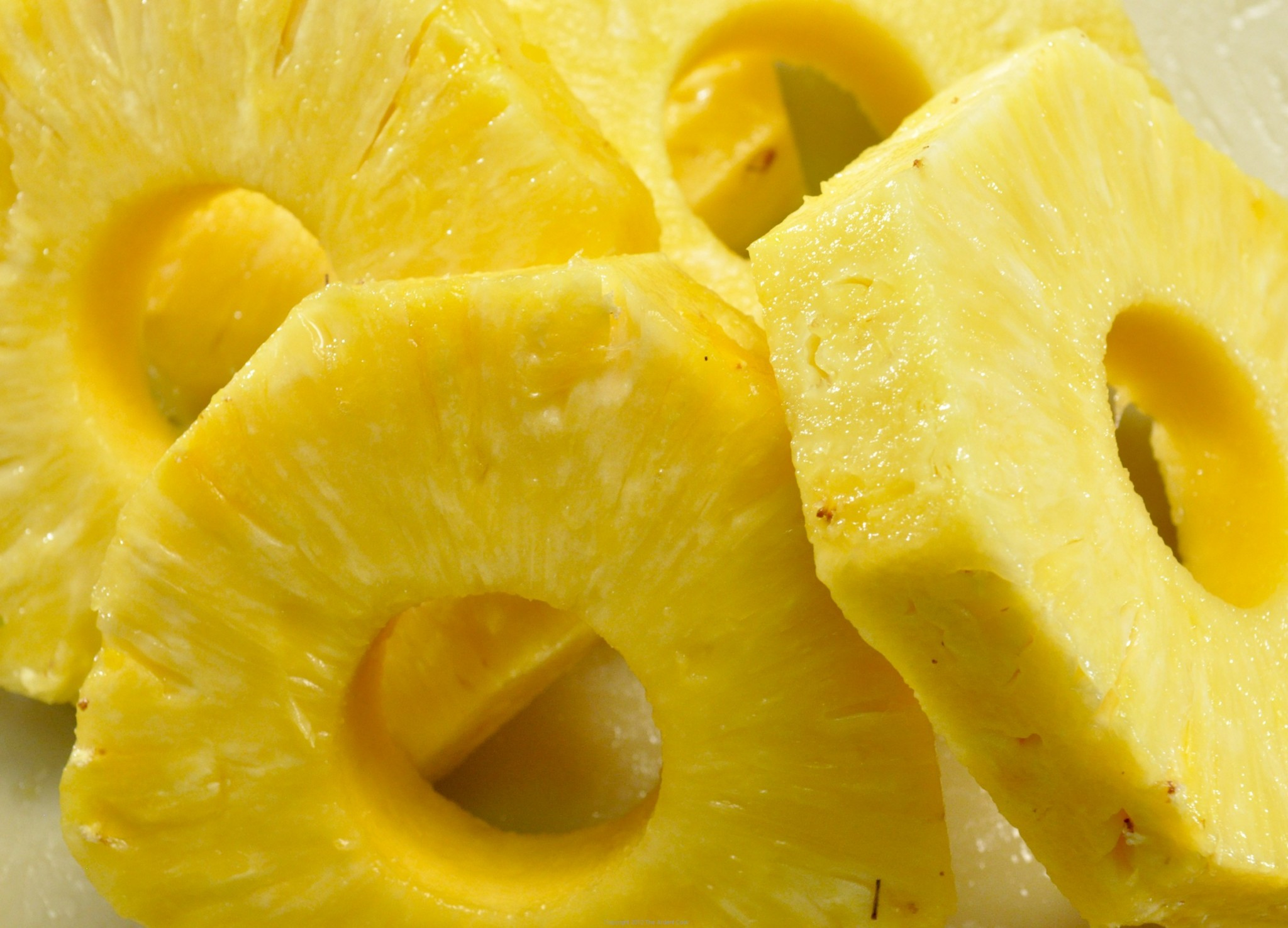 Pineapple - Top 10 Fat-Burning Foods