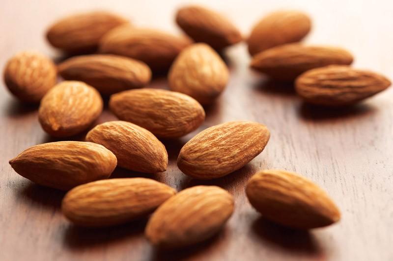 Almonds - Top 10 Fat-Burning Foods