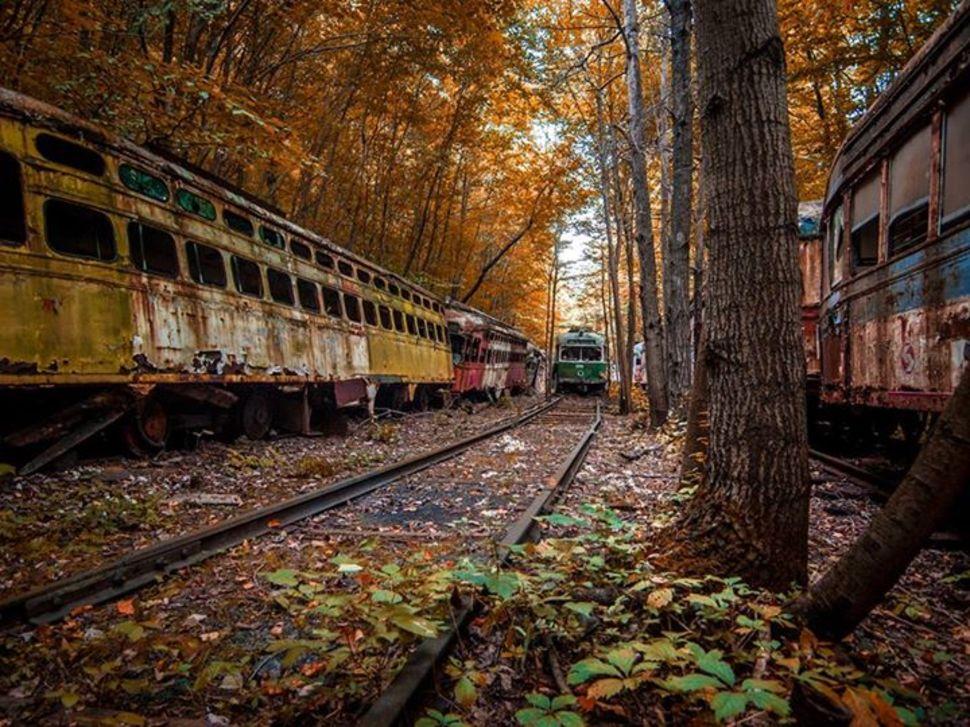 2. Vintage Electric Streetcar Company depot [Pennsylvania, USA]