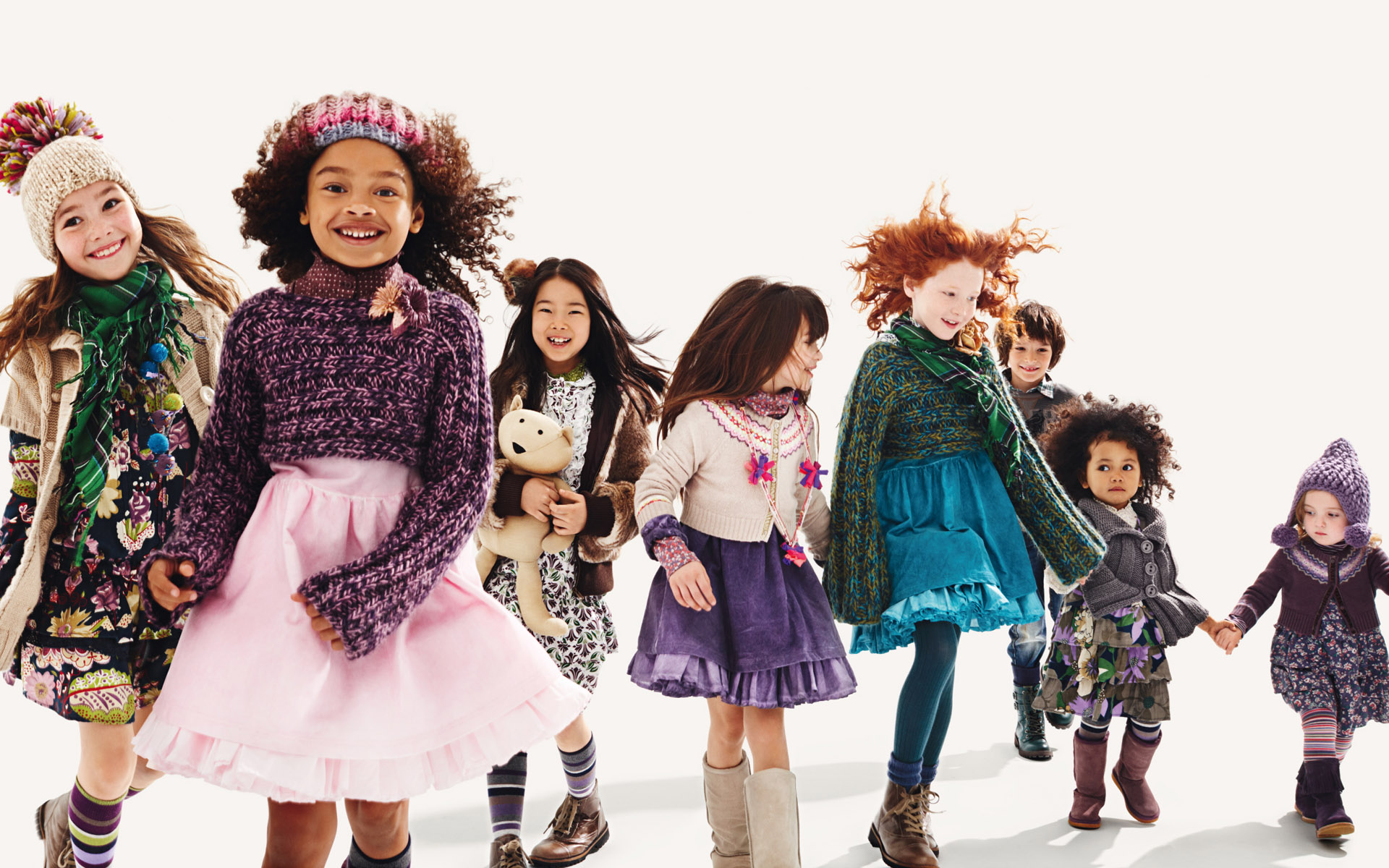 Combine contrasting colors - Little Fashionistas - Winter Trends