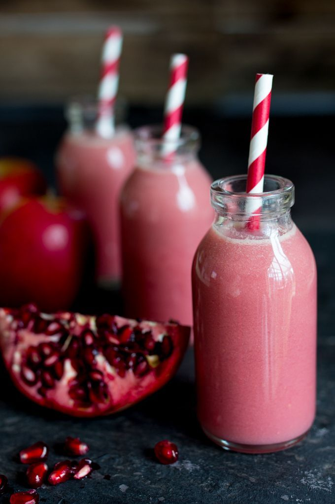 5. Blueberry-Pomegranate Smoothie - Top 10 Winter Smoothie
