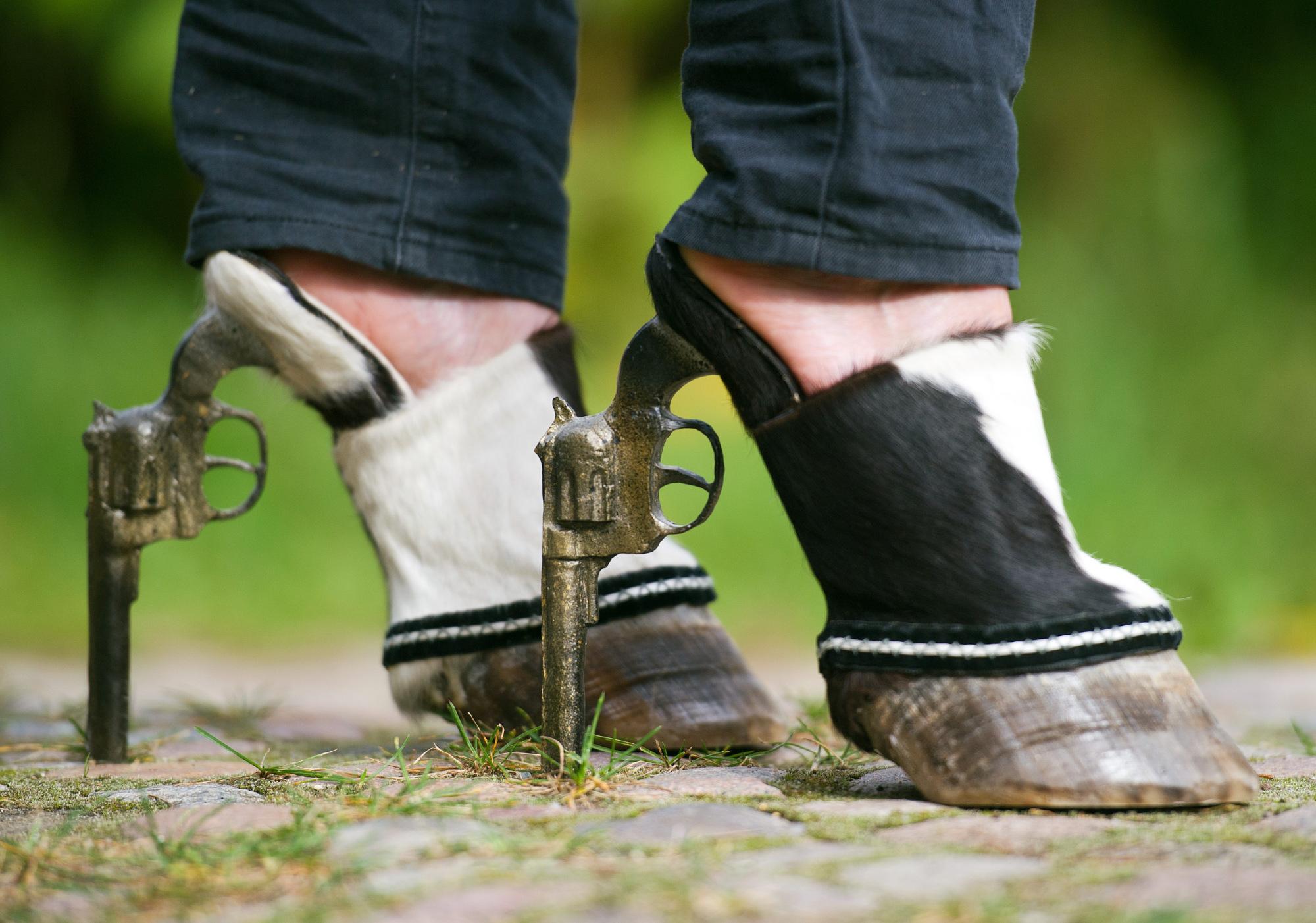 9. Hoof shoes