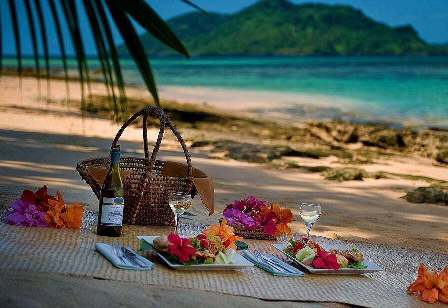 Romantic Picnic Food Ideas For Her