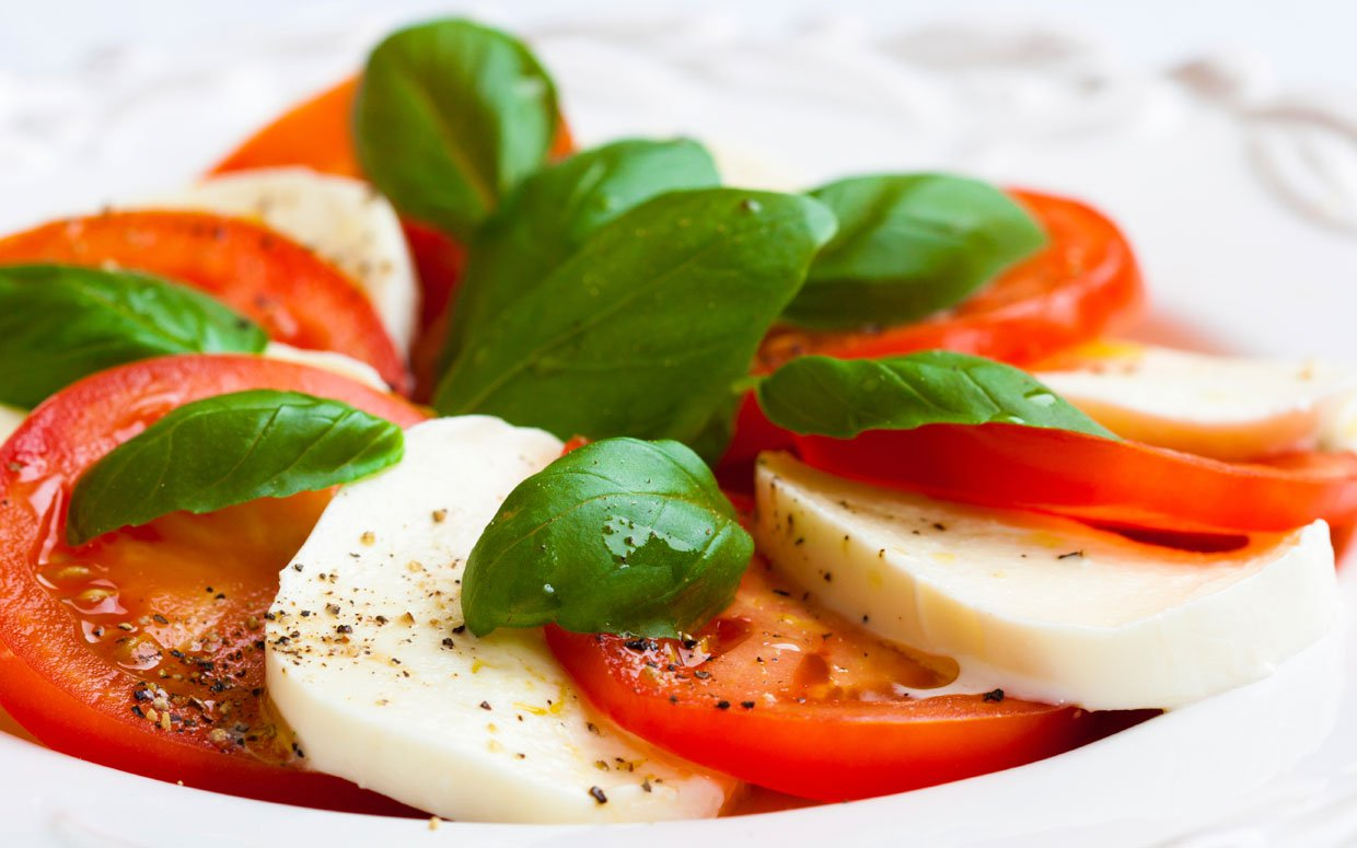 7. Mozzarella, Tomato, and Basil Salad