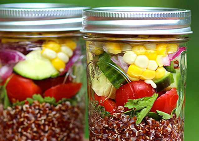 http://wakethewolves.com/healthy-superbowl-recipe-superfood-burrito-in-a-jar/