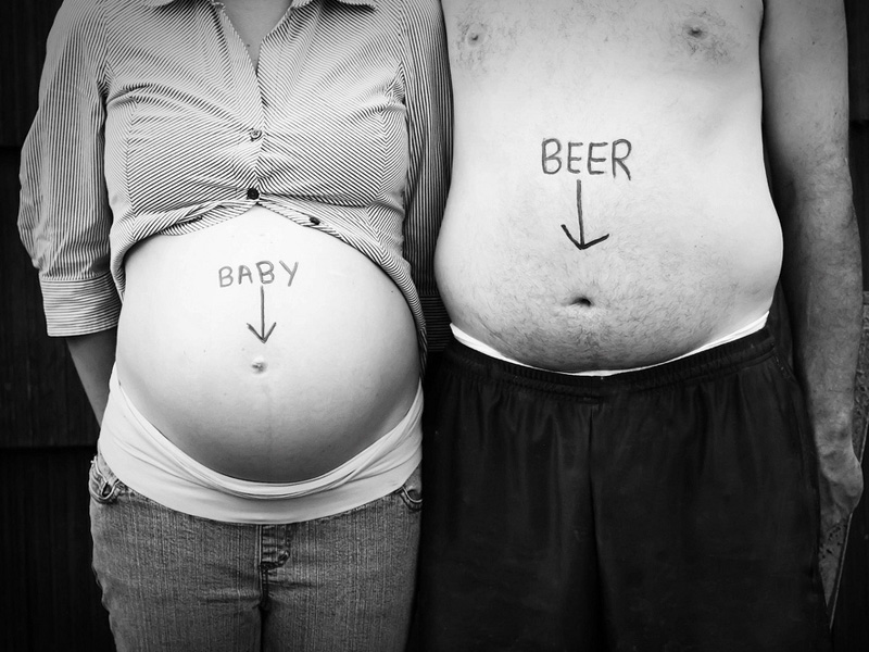 Fun And Creative Pregnancy Photo Ideas 11