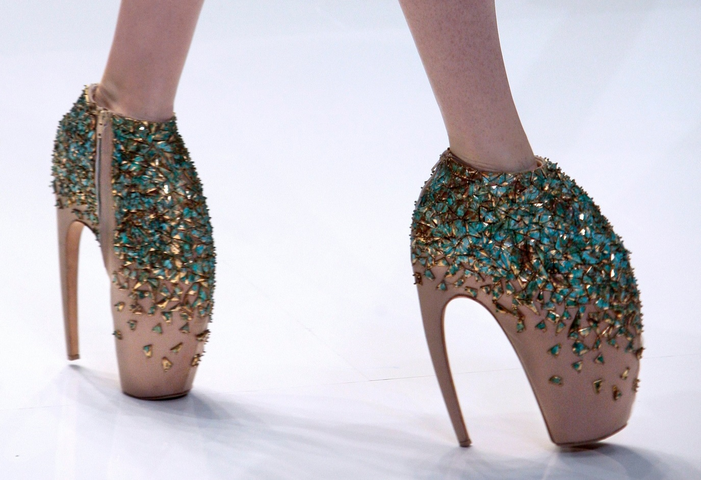 15 Of The Most Jaw-Droppingly Insane Shoes Ever Made 7