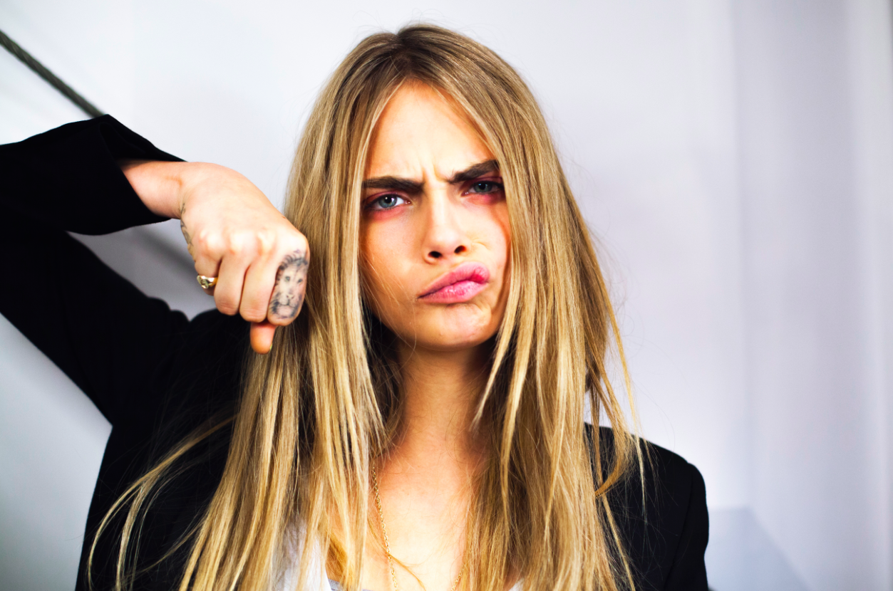 11_Cara-DelevigneStars-Came-Out-Of-The-Closet-2015