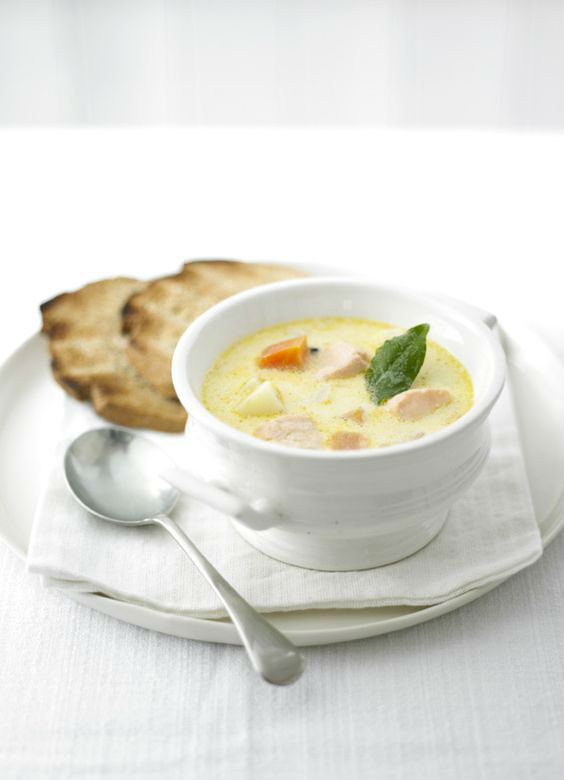 15-Delicious-Winter-Soups-From-Around-The-World-09