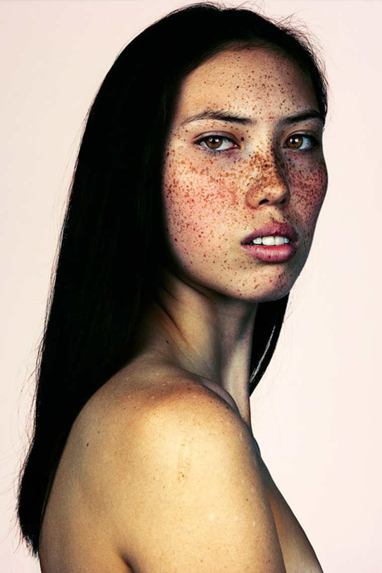 freckles-brock-elbank-striking-portraits-10