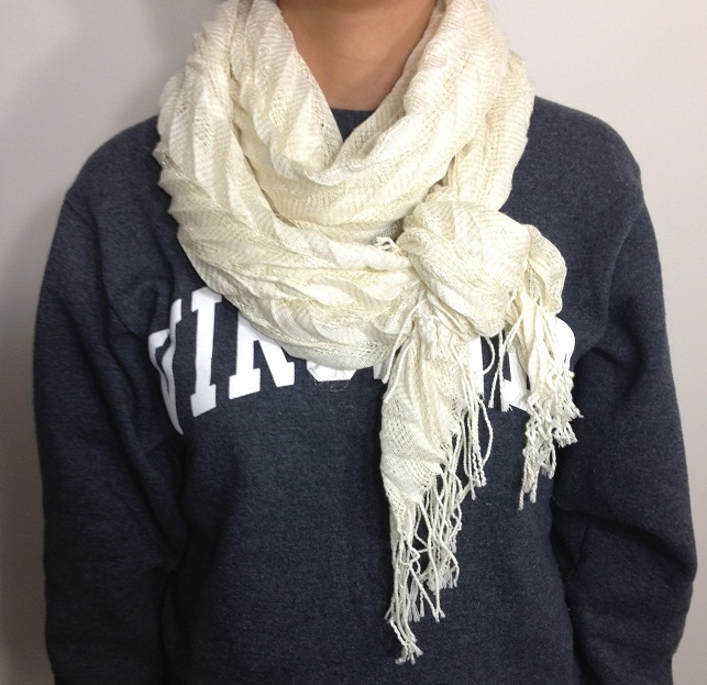 stylish_ways_to_wear_scarf_this_winter_01