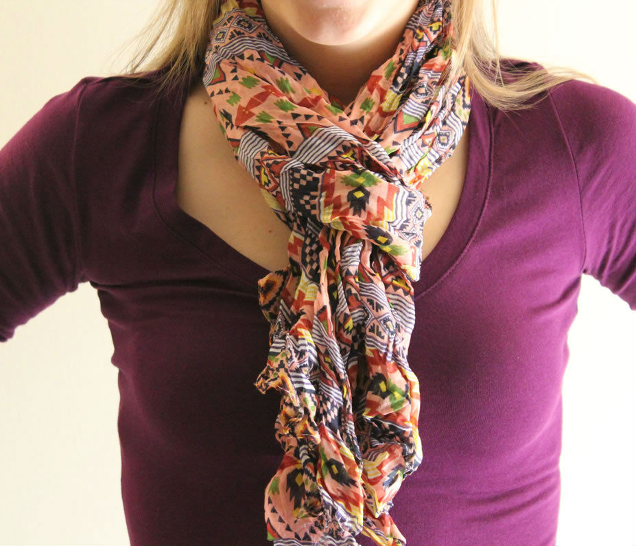 stylish_ways_to_wear_scarf_this_winter_04
