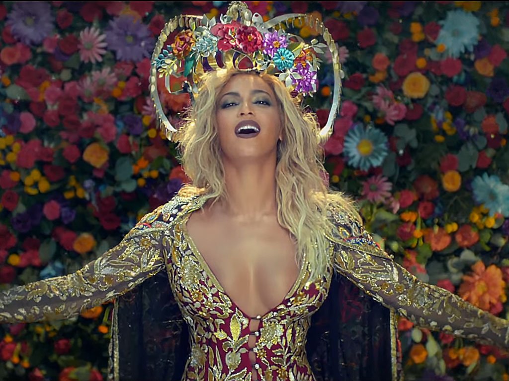 Coldplay-Beyonce-Faced-Immense-Blacklash-for-Stereotyping-of-Indian-Culture-01
