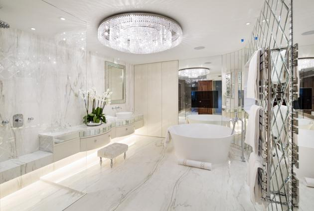 breathtakingly_luxurious_bathrooms_you_have_to_see_02