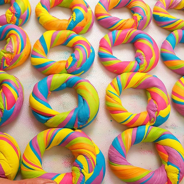 brooklin-rainbow-bagels-03
