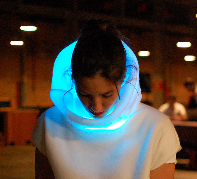 fashionable-and-futuristic-pieces-of-wearable-tech-05