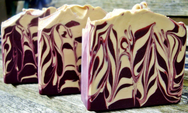 amazing_homemade_soap_recipes_that_make_the_best_gifts_01