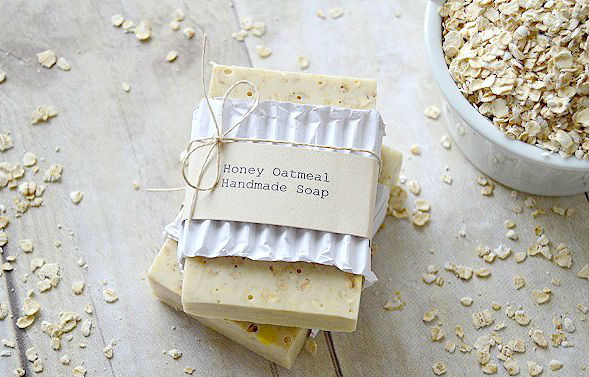 amazing_homemade_soap_recipes_that_make_the_best_gifts_03