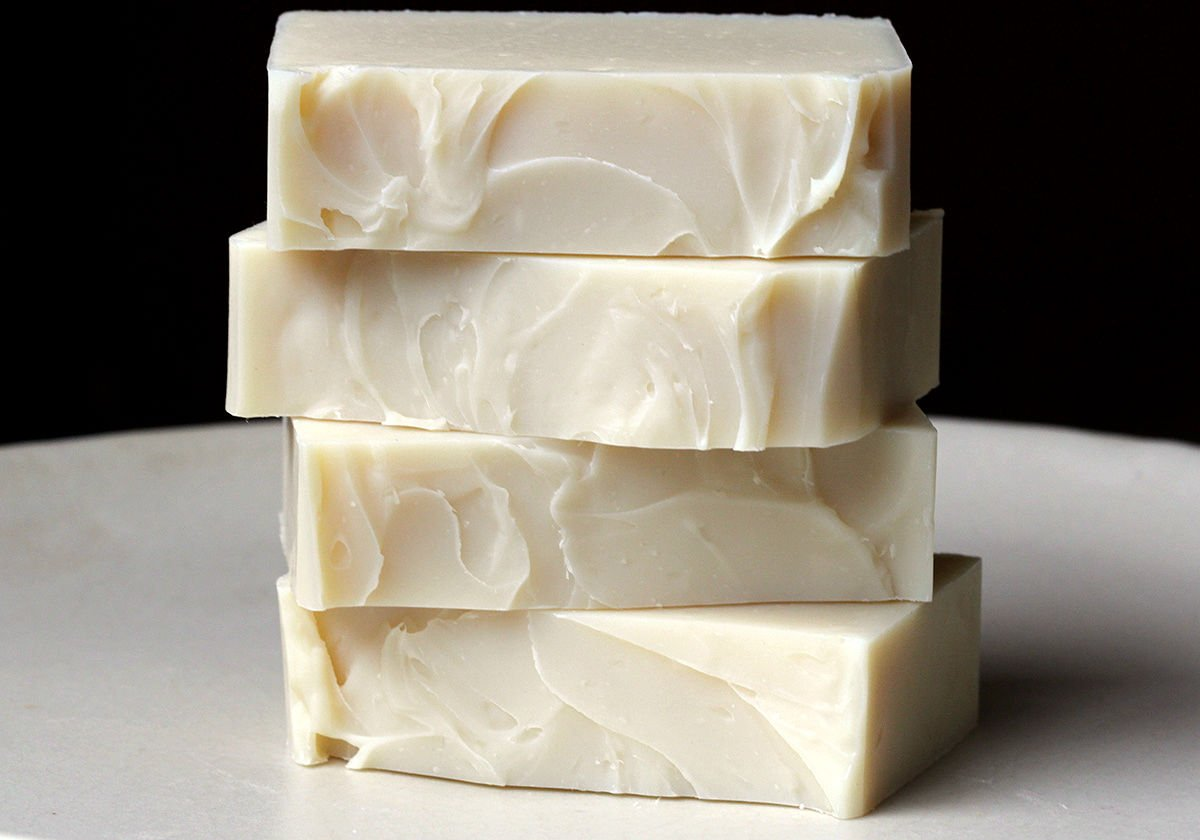 amazing_homemade_soap_recipes_that_make_the_best_gifts_09