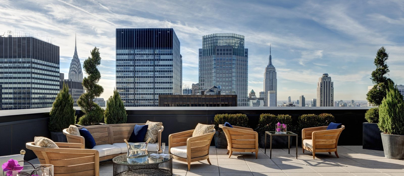 stunning_luxury_hotels_in_nyc_that_prove_you_need_to_treat_yourself_10