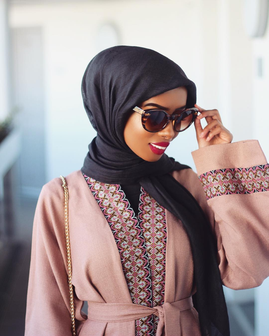 unbelievably_beautiful_women_wearing_hijabs_on_ig_04